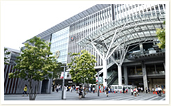 1 minute walk from JR Hakata Station (gateway to Kyushu).